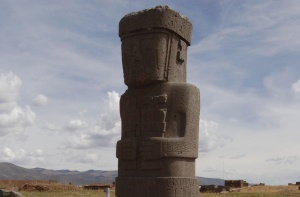 Inca Goddess Tiwanacu, Bolivia. Image via Wikimedia Commons