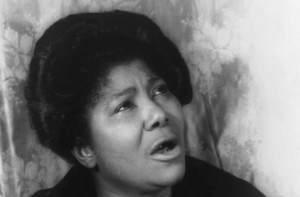 Mahalia Jackson, 1962. Image via Wikimedia Commons.